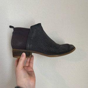 TOMS DEIA Dark Gray Ankle Booties Size 6.5